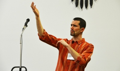 Myaamia Center Assistant Director George Ironstrack uses hand motions and sounds to tell traditional Myaamia stories. | Photo by James Steinbauer